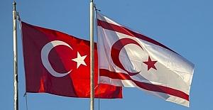 Avrupa Gazetesi köşe yazarı Vatan Öz KKTC'ye gerçekleşen aktarmalı uçuşları kaleme aldı