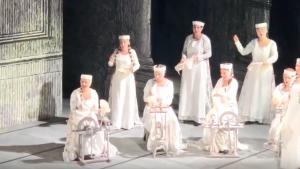 Dünyaca ünlü Türk sanatçı Leyla Gencer'in müdürlüğünü yaptığı La Scala Tiyatrosu