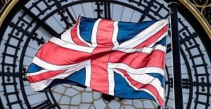 İngiltere'de lockdown, tecrit kararının Noel'e kadar sürüp sürmeyeceği konuşuluyor