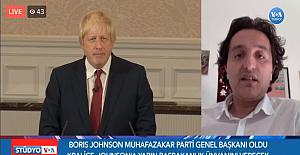 Vatan ÖZ, Başbakan Boris Johnson'ı, Amerika'nın Sesi'ne canlı değerlendirdi